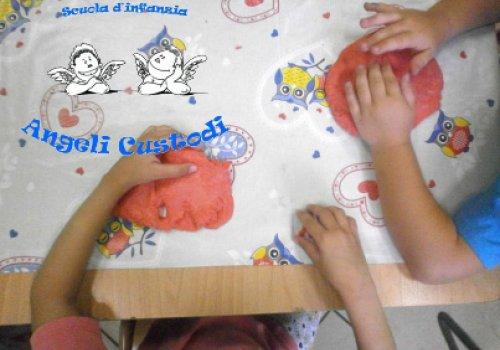 Scuola dell'infanzia Angeli Custodi - Vieni a giocare con me?